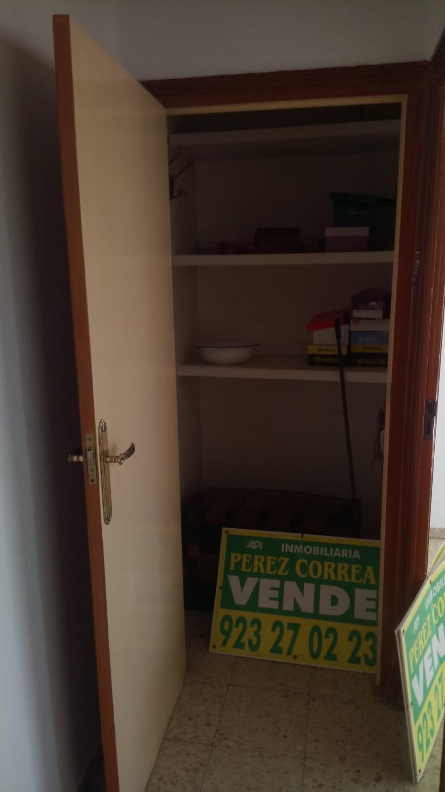 PISO EN CALLE TOLDEDO ESQUINA AVENIDA PORTUGAL (REF: 5) - foto 8 20190125014005_dc0e1bc1-ee54-4620-b3bc-c65d2b2d4e05.jpg