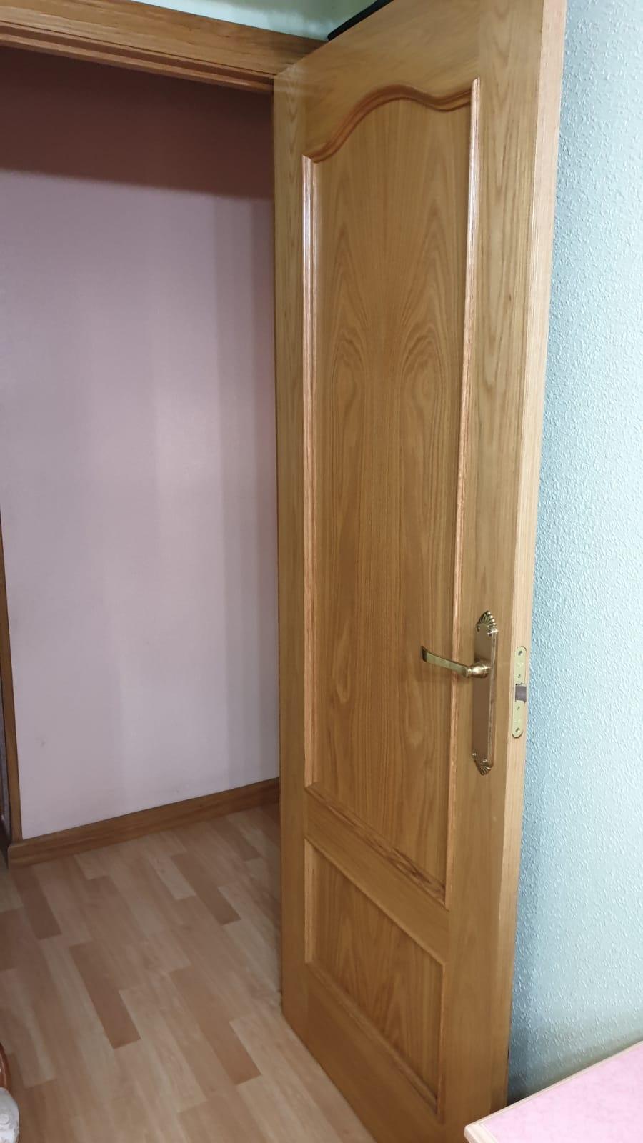 Piso de tres dormitorios junto a corte inglés (REF: 26) - foto 8 2848721b-bbb2-4ce7-b81e-627055075936.jpg