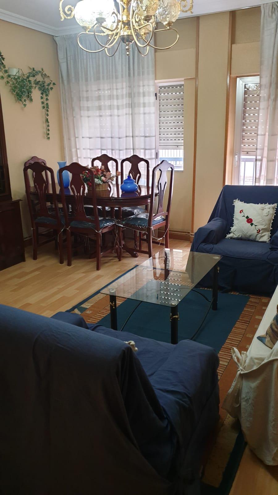 Piso de tres dormitorios junto a corte inglés (REF: 26) - foto 1 34c27cb4-f5f6-416a-913d-5c0470e776c3.jpg