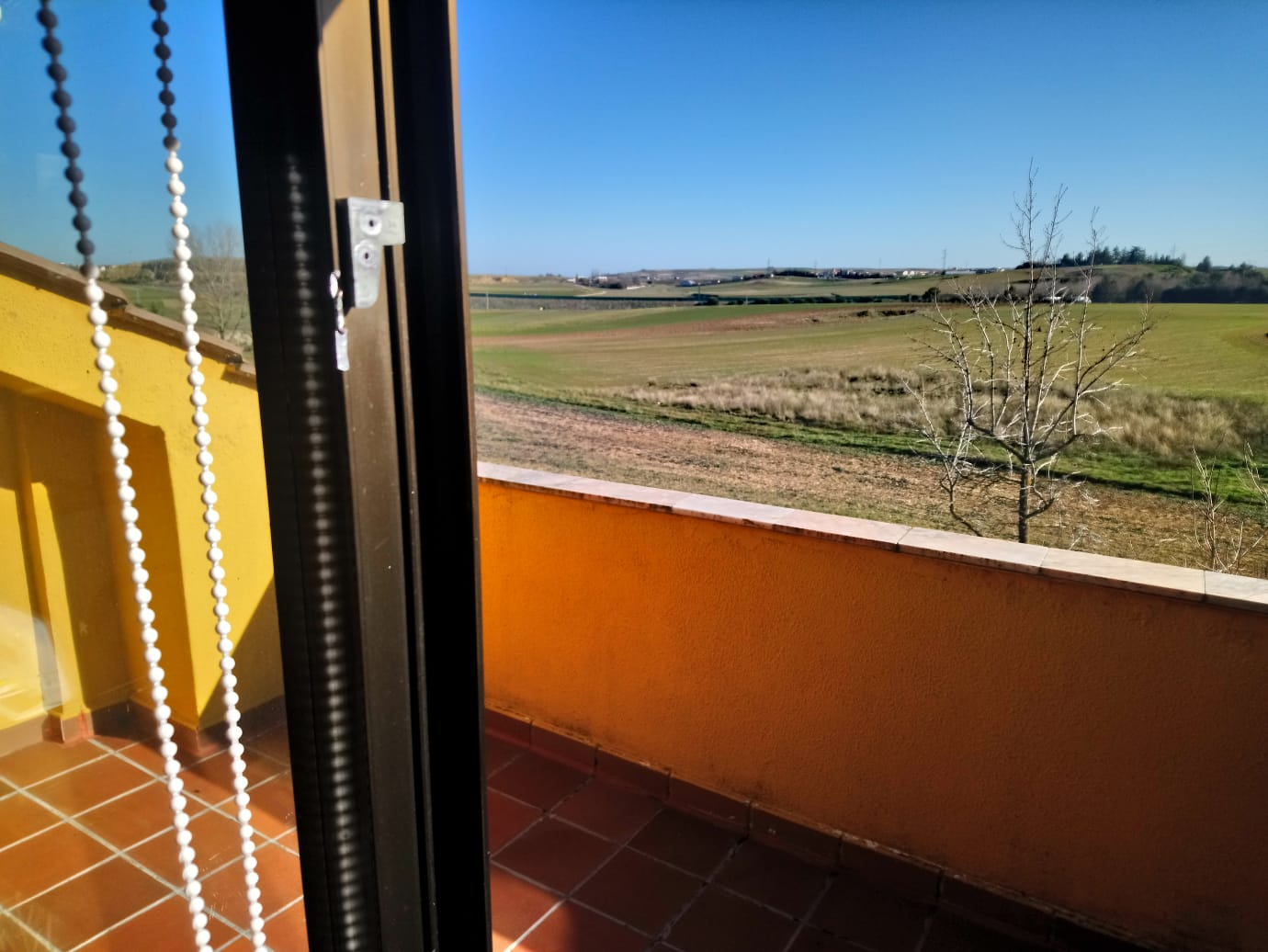 CHALET ADOSADO EN URBANIZACION LAS CANTERAS DE VILLAMAYOR (REF: 297) - foto 32 3ce26fcc-2dc2-4f82-a096-d8212e4587e7.jpg