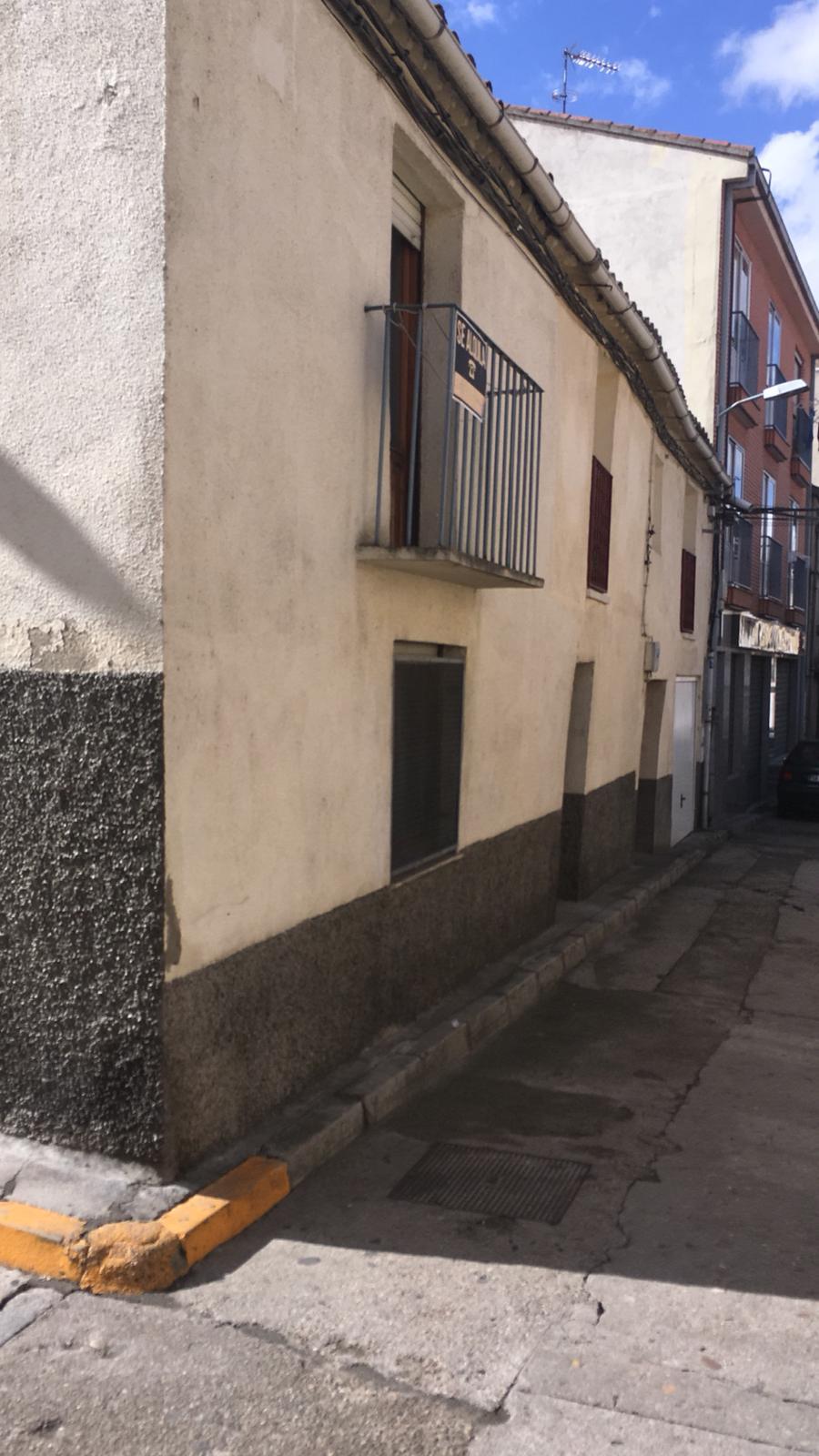 CASA EN ALBA DE TORMES (REF: ALBA-2) - foto 1 6432752a-95e1-4ad3-8984-84261518e4ac.jpg