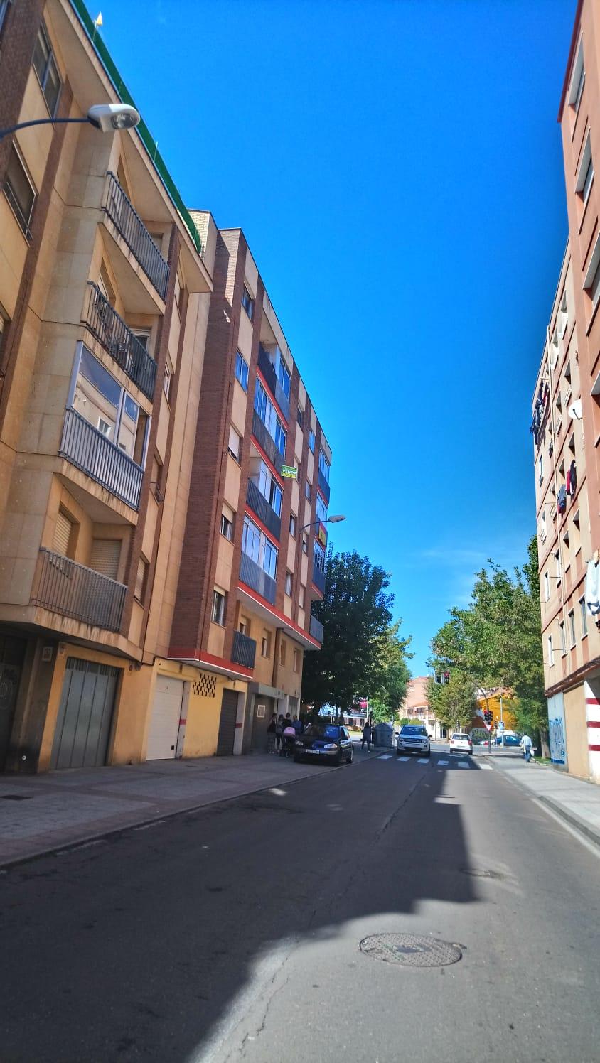 PISO DE TRES DORMITORIOS EN CALLE REGATO DEL ANIS (REF: 61LL) - foto 7 74743942-223b-4d3f-b741-8a3bbd4a911b.jpg