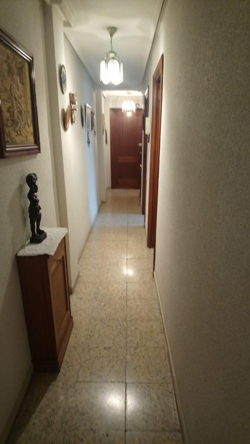 PISO DE TRES DORMITORIOS EN CALLE REGATO DEL ANIS (REF: 61LL) - foto 11 7a192d98-97b5-4910-93b1-063a6a2e450f.jpg
