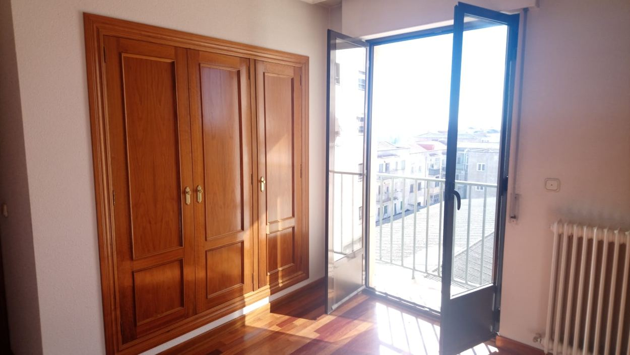 apartamento en calle COLOMBIA (REF: 7) - foto 12 7c015344-8cf8-4d74-8957-efe9507a6b5e.jpg