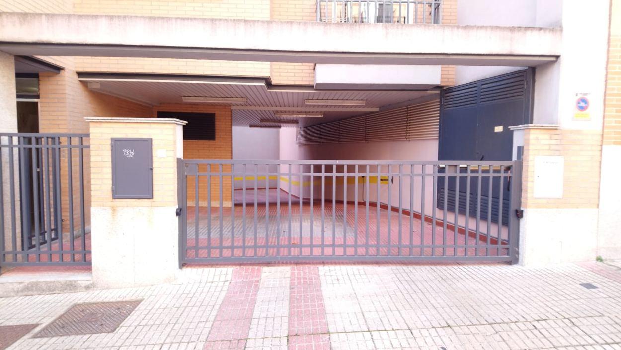 PISO DE UN DORMITORIO CON GARAJE EN TESO DE LOS CAÑONES (REF: 4) - foto 6 88efad65-f142-4949-98cd-638308c07e4c.jpg