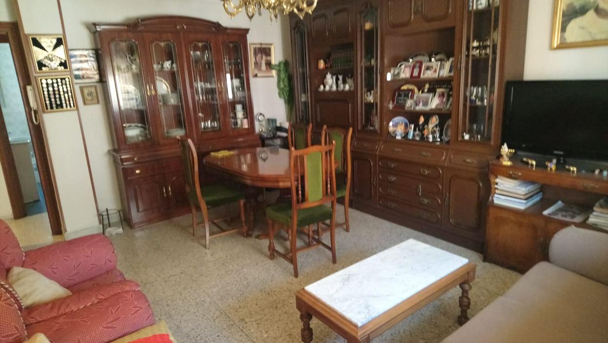 PISO DE TRES DORMITORIOS EN CALLE REGATO DEL ANIS (REF: 61LL) - foto 1 899a9ca2-cc0f-4754-b50c-79dfcab1bf63.jpg
