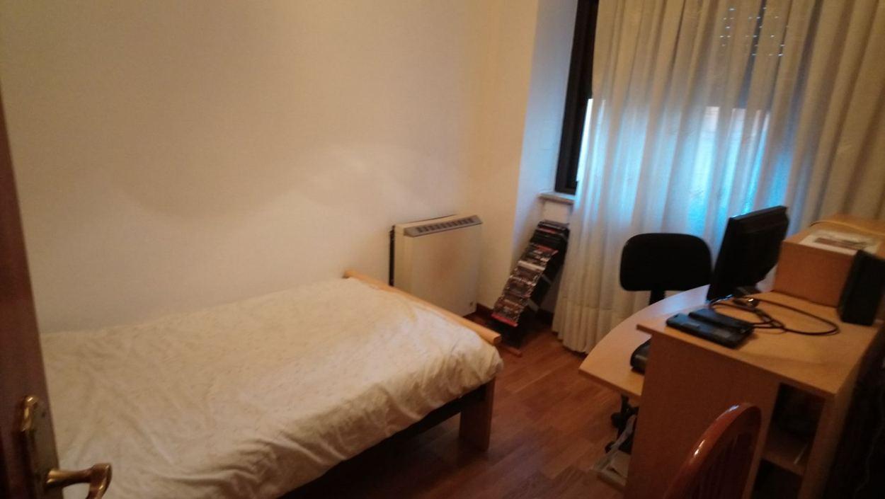 piso de tres dormitorios junto corte inglés (REF: 40) - foto 3 IMG-20171221-WA0004.jpg