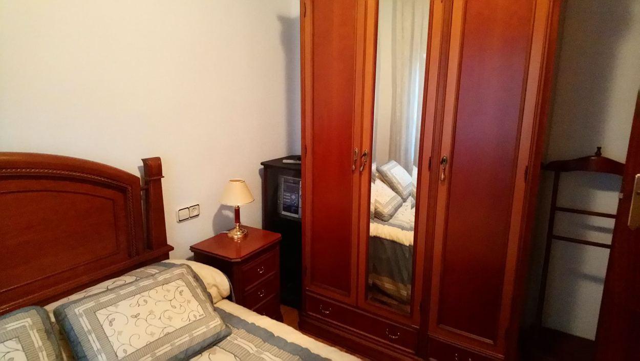 piso de tres dormitorios junto corte inglés (REF: 40) - foto 5 IMG-20171221-WA0009.jpg