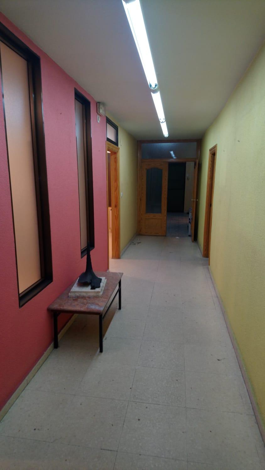 LOCAL COMERCIAL EN CALLE DEL BOSQUE (REF: 105) - foto 2 a923d3aa-d419-42ab-9083-c6c0c7ea0ab9.jpg