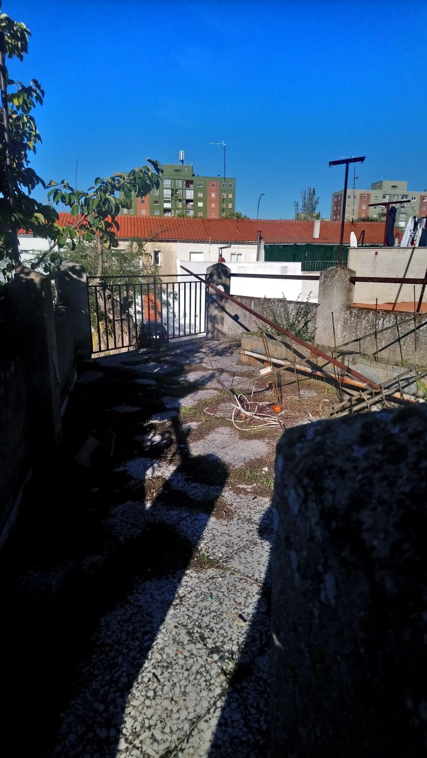 CASA CON GARAJE Y TERRAZA EN BARRIO DE LA VEGA (REF: 202) - foto 4 a9a1d332-7659-46bb-b311-81505e1fa96c.jpg